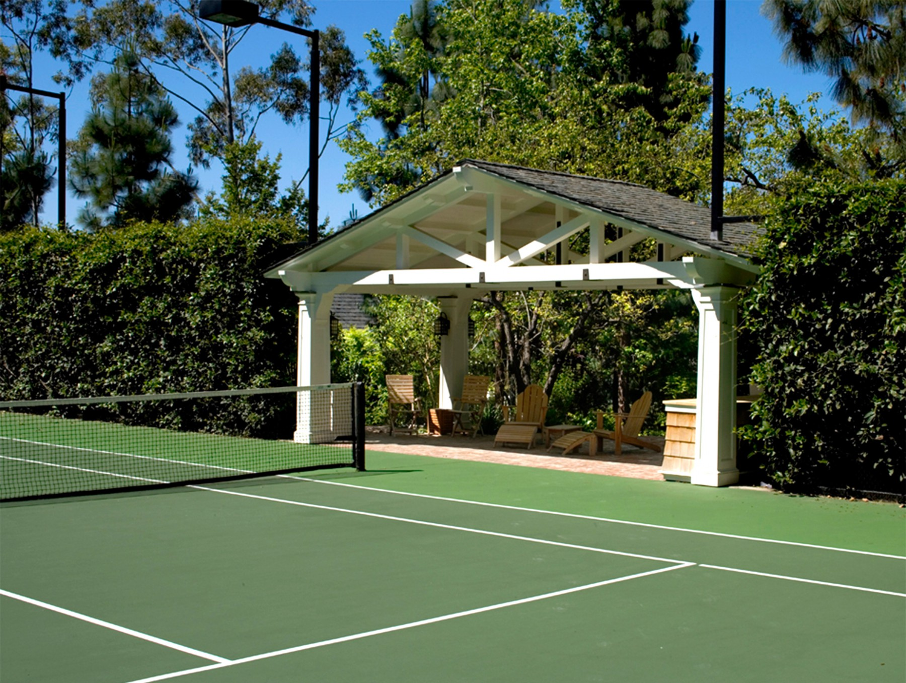 custom built pergola at tennis court